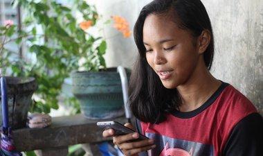 Springster: what gets girls talking online?